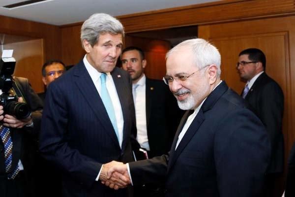 محمدجواد ظریف، وزیر امور خارجه کشورمان بامداد امروز پنجشنبه برای شرکت در نشست مجمع عالیرتبه سیاسی امسال سازمان ملل عازم نیویورک شد.