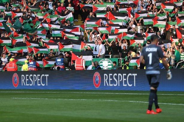 هدف از تحریم، هشدار دادن و آگاهی بخشی جهانی نسبت به نقض حقوق بشر و نژادپرستی اسرائیل در سرزمینهای اشغالی است. جامعه فوتبال در جهان نسبت به خطر نژادپرستی و نقض حقوق بشر آگاه است و به همین دلیل باید سخت کار کرد تا اهالی فوتبال را نسبت به خطر اسرائیل برای بشریت آگاه کرد. البته تاکنون هم اقدامات خوبی صورت گرفته است؛ مثلا در انگلستان کمپینی به راه افتاده تا عضویت فدراسیون فوتبال اسرائیل در فیفا به دلیل نقض حقوق بشر و و نژادپرسی این رژیم لغو شود. گروههای دیگری هم همانند این حرکت را در سایر کشورهای اروپایی آغاز کردهاند.