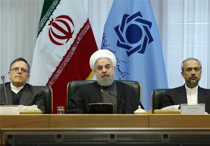 """چند سال قبل آقای روحانی گفت """"بانک و ما ادراک ما البانک"""" و اخیرا هم این جمله را تکرار کرد! پس شما که 4 سال رییس جمهور بودید برای اصلاح بانکها چه کردید؟"""