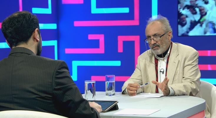 داریوش سجادی تحلیلگر سیاسی و روزنامهنگار مقیم امریکا مهمان حضوری این برنامه بود و علی علیزاده تحلیلگر سیاسی از طریق ارتباط اینترنتی با برنامه همراه شد. وحید یامینپور مجری کارشناس این قسمت از جهانآرا بود.
