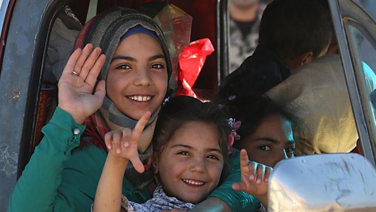 همزمان با خروج هزاران نفر از اهالی فوعه و کفریا از ادلب، براساس توافق بین دولت سوریه و گروههای مسلح و تروریستی،6 نفر از نیروهای حزبالله نیز بعد از سه سال محاصره راهی لبنان شدند. این شش نیروی حزبالله از سال ۲۰۱۵ که شهرکهای فوعه و کفریا در آن سال در محاصره تروریستها قرار گرفتند، از این دو شهرک دفاع کردند.