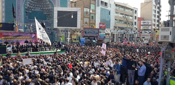جانشین فرمانده سپاه پاسداران انقلاب اسلامی بیان کرد: قول می دهیم که واکنش ما به این ماجرا پشیمان کننده، ویران گر و نابودکننده باشد؛ هیچ کسی هرگز نمی تواند بر کودکان این سرزمین بتازد و به تمام کسانی که پشت این ماجرا هستند هشدار می دهیم. درود خداوند بر اهواز و خوزستان و جان ما فدای همه شما و خاک کف پای شما را به چشم کشیده و به آن افتخار می کنیم.