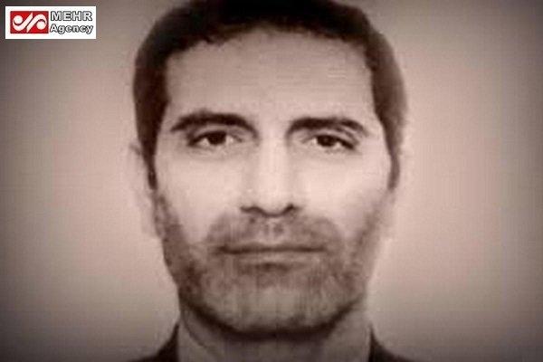 اسدالله اسدی دیپلمات بازداشت شده ایرانی در اروپا مورد عجیبی است. او با اینکه مصونیت دیپلماتیک دارد به یک اتهام واهی دستگیر شده است؛ روالی که تاکنون در عرف دیپلماتیک سابقه نداشته است.