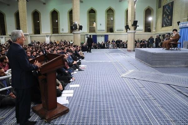 جمعی از نخبگان و استعدادهای برتر علمی کشور، صبح امروز (چهارشنبه) در حسینیه امام خمینی با رهبر انقلاب اسلامی دیدار کردند.