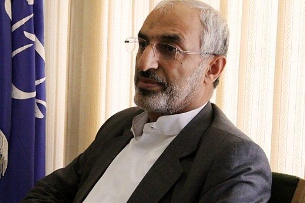 نماینده مردم کرمان گفت:عامل بدبختی، مفسدان اقتصادی هستند که در اطراف برخی مقامات ارشد دولت لانه کرده اند و اجازه نمی دهند به پرونده آنها رسیدگی شود.