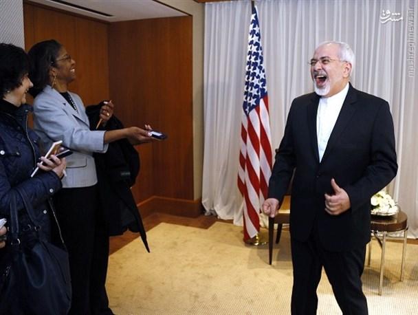 نکته قابل تامل آنکه دولت های اروپایی هم حاضر نیستند با ایران همکاری کرده و با بهانه تحریم آمریکا از انجام دادن تعهدات خود فرار می کنند، این درحالی است که بانک ها و شرکت های دولتی این کشورها بخش خصوصی نیستند که اروپا بتواند اعلام کند ما نمی توانیم آنها را مجبور به رابطه با ایران کنیم! بلکه این دول اروپایی هستند که باید برای همکاری با ایران و حفظ برجام تصمیم بگیرند و درمقابل تحریم های احتمالی آمریکا بر بانک ها و شرکت های خود بایستند.