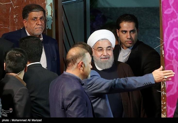 سمت گرفتن داماد ۳۳ ساله رئیسجمهور در دولت با عنوان معاون وزیر صمت، بار دیگر حواشی انتصابات اقوام حجت الاسلام روحانی در دولتهای یازدهم و دوازدهم را تازه کرد.