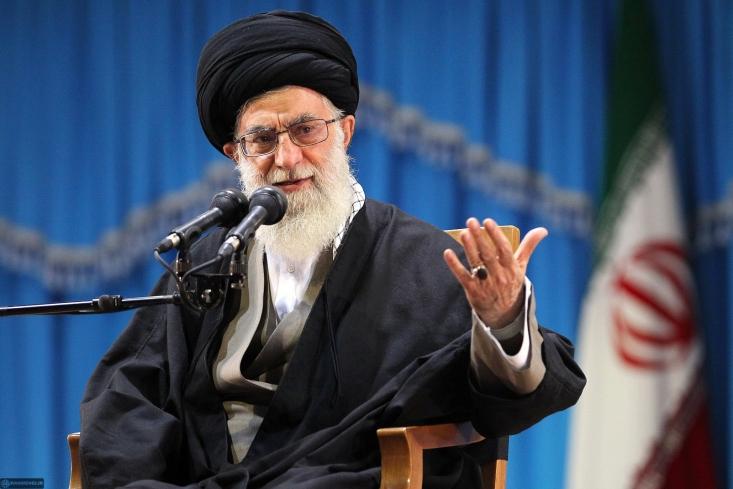 بیانات منتشرنشده رهبر انقلاب در روز ۳۰ تیرماه ۸۸ درباره فتنه۸۸، سخنان میرحسین موسوی و خاتمی و... برای اولین بار منتشر شد.