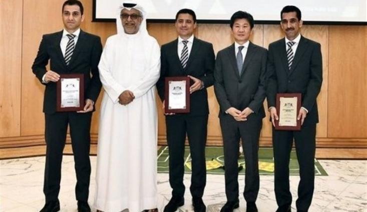 رئیس کنفدراسیون فوتبال آسیا (ای.اف.سی) جوایز برترین داوران آسیا در سال 2018 را به سه داور بین المللی کشورمان اهدا کرد.