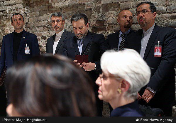 ايجاد يك زمينه مشترك با ايرانيان، اهميت ويژهاي داشت، چرا كه به لحاظ سياسي و حتي روانشناسي، پژواك گفتوگوها در ذهن امريكاييها با ايرانيها كاملا متفاوت بود