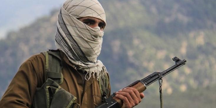 ذبیحالله مجاهد سخنگوی طالبان با انتشار تصاویری در صفحه توئیتر خود مدعی شد که «ملاعمر» رهبر سابق این گروه 7 سال آخر عمر خود را در ولایت زابل افغانستان گذرانده است.