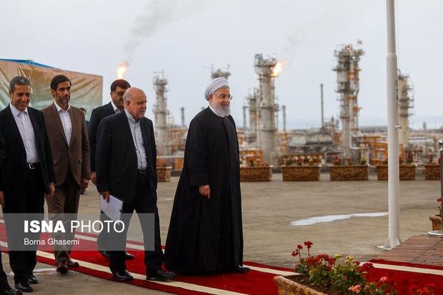 روز گذشته 4 فاز ۱۳، ۲۲، 23 و ۲۴ پارسجنوبی توسط حسن روحانی افتتاح شد تا با همت قرارگاه خاتمالانبیا(ص) برای نخستینبار در برداشت گاز از میدان مشترک پارسجنوبی از قطر پیشی بگیریم.