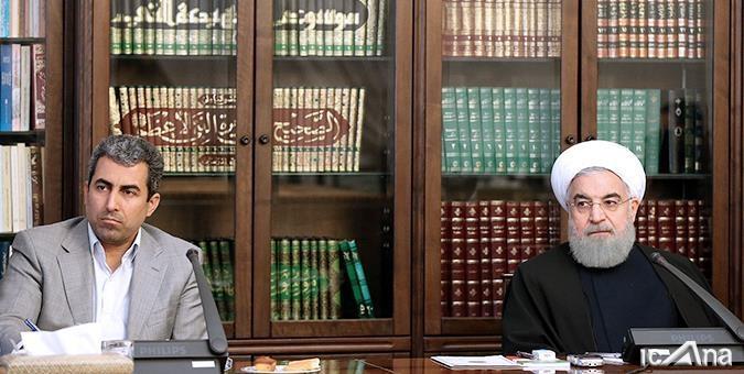 پورابراهیمی گفت: صدماتی که در حوزه اقتصادی به کشور وارد شده، ناشی از انحراف از مسیر اصلی آرمانهای اقتصادی انقلاب است.