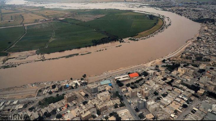 مدیرعامل جمعیت هلال احمر خوزستان طی مصاحبهای که دیروز داشت، گفت: «بر اثر سیلاب در استان خوزستان تا ٢١ فروردینماه ٢٣ هزار و ٥١٤ خانوار شامل ١٣٨ هزار و ٢٩٧ نفر امدادرسانی شدند و ١٠٢ هزار و ٧٦٨ نفر در ٤٧ اردوگاه اسکان اضطراری یافتهاند.»