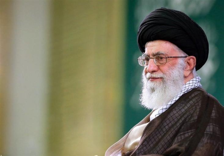 امام خامنهای در پیامی شهادت مظلومانه امام جمعه کازرون جناب حجتالاسلام شیخ محمد خرسند را تسلیت گفتند.