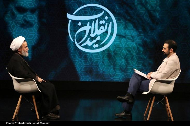 علیرضا پناهیان معتقد است دولت پیرمردان ناشی از معارف و تجویزهای غرب است که هیچ نسبتی با اعتماد دینی و عقلانی ما به جوانها ندارد.