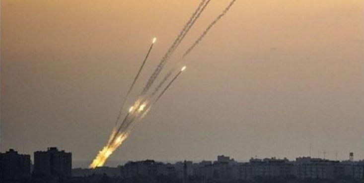 رژیم صهیونیستی ساعاتی بعد از اعلام ممنوعیت ورود ماهیگیران فلسطینی به آبهای غزه اعلام کرد آژیرهای خطر در جنوب فلسطین اشغالی به صدا درآمدهاند.