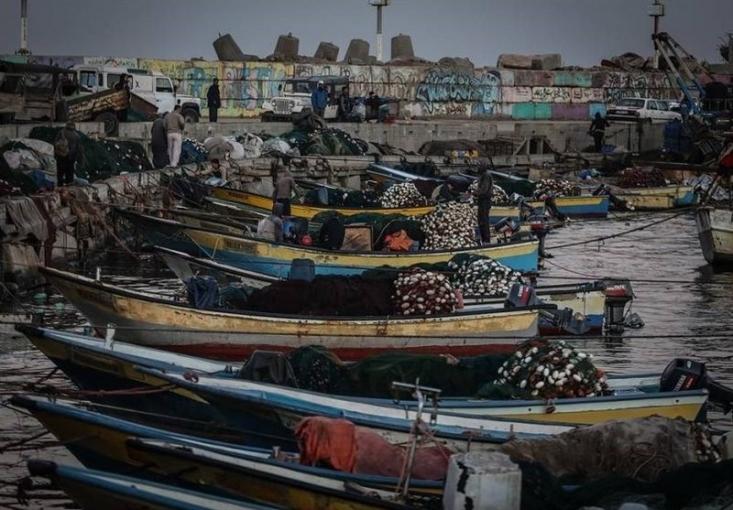 اشغالگران قدس، نوار غزه را در محاصره دریایی کامل قرار دادند.
