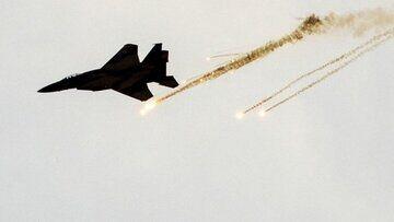 هواپیماهای رژیم صهیونیستی صبح امروز (پنج شنبه) منطقه ای در جنوب نوار غزه را بمباران کردند.