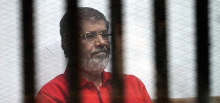 «محمد مرسی» در طول یک سال و اندی ریاست جمهوری خود بر خلاف خواستههای مردم و انقلاب مصر حرکت کرد و با اعتماد به، آمریکا، رژیم صهیونیستی و عربستان، هم خود و هم انقلاب مهم و بزرگ مصر را به این نقطه سیاه رساند.