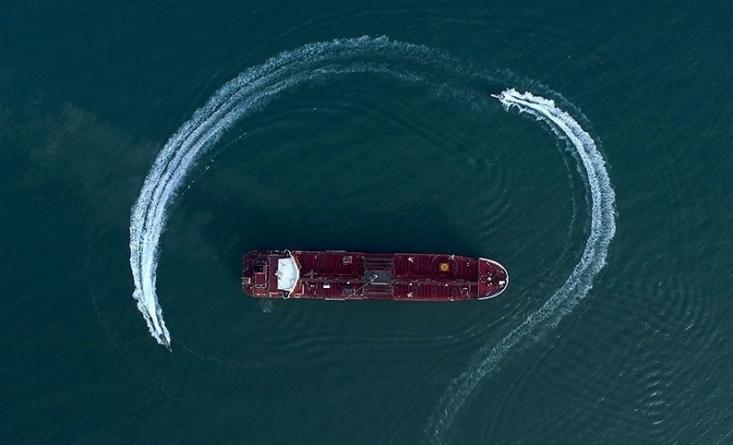 جدیدترین قسمت از برنامه تلویزیونی «360 درجه» به بررسی ماجرای توقیف نفتکش انگلیسی میپردازد.