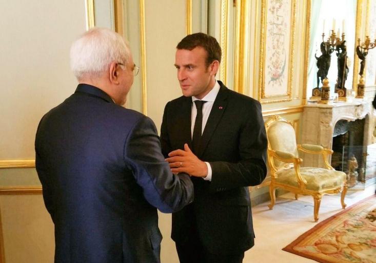درحالی محمدجواد ظریف بار سفر برای دیدار با مقامات فرانسه را بسته است که بسته پیشنهادی این کشور درست در مقابل شروط رهبرانقلاب و خطوط قرمز کشور است.