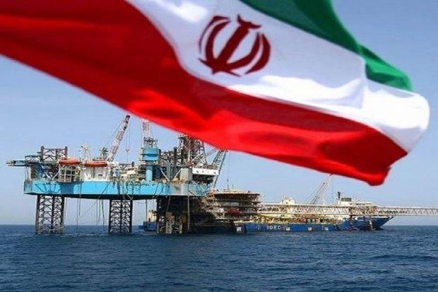 کارشناسان صنعت نفت جهان معتقدند بازسازی صنعت نفت عربستان 3 تا 6 ماه زمان می برد و در این مدت امریکا تلاش می کند اجازه بالارفتن قیمت نفت را ندهد. حمله پهپادی انصار الله یمن به بخشی از شبکه تولید و توزیع نفت عربستان در هفته گذشته اثرات جدی بر اقتصاد جهان گذاشته است و این حادثه را باید از ابعاد بین المللی مورد ارزیابی قرارداد. اگرچه در این حادثه فقط بخشی از صنعت نفت عربستان دچار آسیب جدی شد اما در کنار آن باید اثر این حادثه را در اقتصاد دیگر کشورها نیز جستوجو کرد.