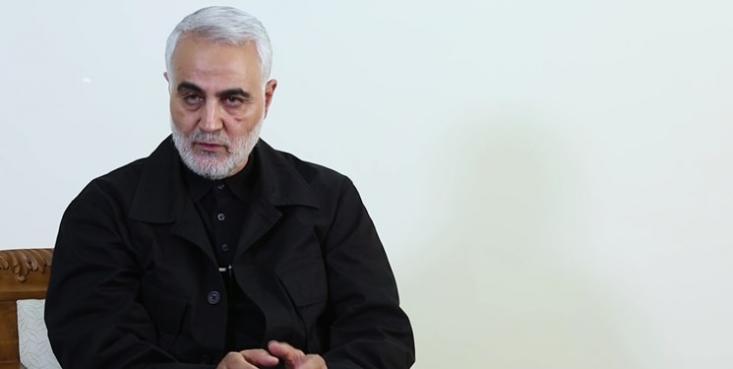 حاج قاسم سلیمانی گفت: یک نکتهی مهمی که در جنگ ۳۳روزه وجود داشت این بود که گاهی یک ضربهی حزبالله، مشابه ضربهی آقا امیرالمؤمنین (علیهالسلام) در جنگ خندق در به زمین زدن عمربنعبدود تأثیر عجیبی میگذاشت.