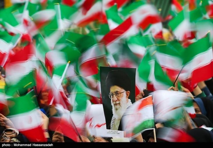 یک اندیشکده آمریکایی ضمن اشاره به قدرت رو به گسترش ایران در چهار دهه گذشته خطاب به سیاستمداران این کشور نوشته منتظر تغییر نظام ایران نباشند.