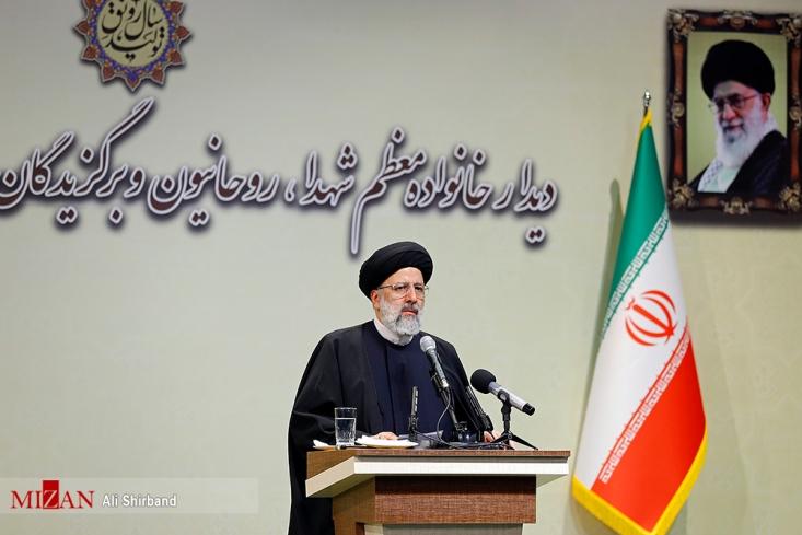 رئیس قوه قضائیه در جریان سفر به تبریز به فضاسازیهای اخیر دولت درباره روند مبارزه با فساد در دستگاه قضائی واکنش نشان داد.