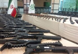 دادستان عمومی انقلاب اسلامی اصفهان گفت: با تلاش سربازان گمنام امام زمان (عج)، محموله سلاح وارد شده از مرزهای غربی به کشور در اصفهان کشف شد.