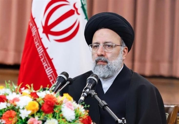 آیت الله رئیسی با بیان اینکه پیروز انتخابات یک جناح و گروه خاص نبود، تصریح کرد: پیروز انتخابات ملت بزرگ ایران است و مردم ما در برابر دشمنان و بدخواهان برنده شدند و باید این پیروزی را به آنان تبریک گفت.