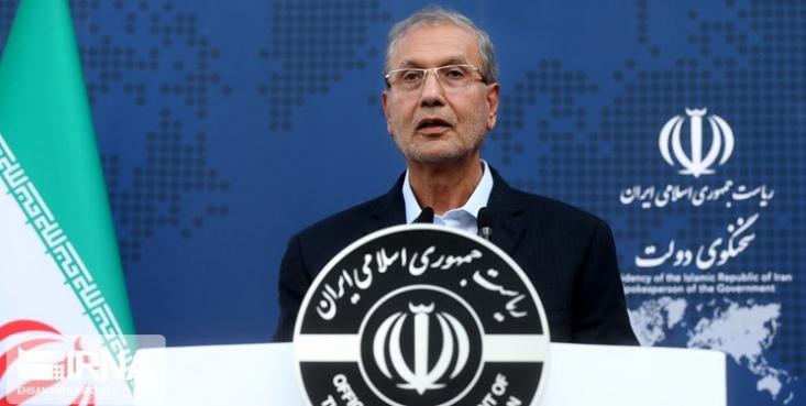 سخنگوی دولت گفت: ما برخلاف برخی کشورها به دلیل مصلحت اندیشیها سیاسی و اقتصادی عمل نکردیم و جان و سلامت مردم ایران را بر همه چیز مقدم میدانیم.