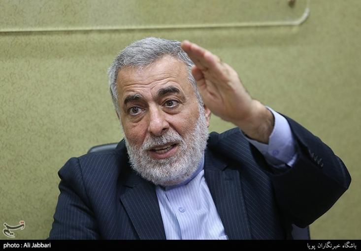 حسین شیخالاسلام دیپلمات باسابقه کشورمان و سفیر اسبق ایران در سوریه شب گذشته بهعلت ابتلا به ویروس کرونا دار فانی را وداع گفت.