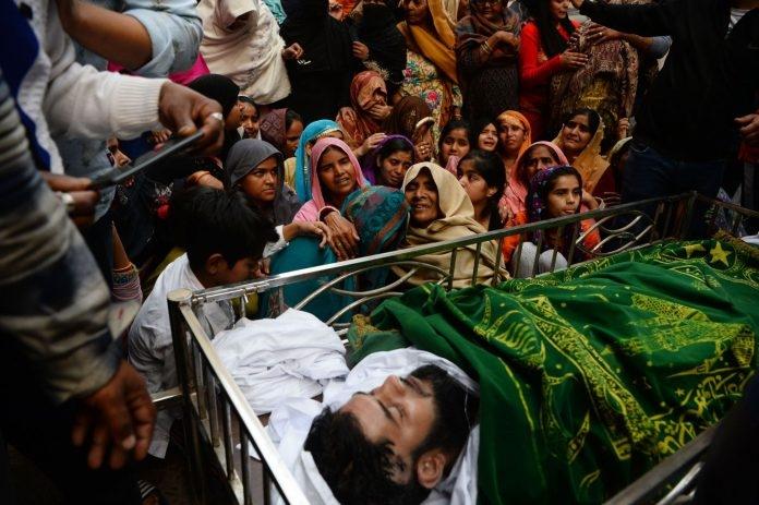 از دسامبر 2019، با حمایت دولت هند قانونی در پارلمان این کشور تصویب شد که باعث آغاز خشونت علیه مسلمانان هندی شد. طبق این قانون اقلیتهای دینی کشورهای منطقه از جمله هندوها، سیکها و مسیحیان میتوانند تابعیت هندی دریافت کنند اما مسلمانان از دریافت آن محروم هستند.