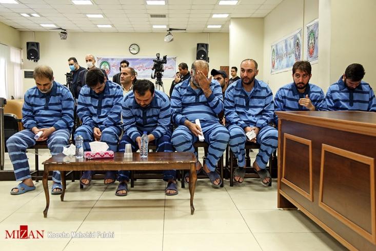 دادگاه رسیدگی به اتهامات محتکران کالاهای سلامت محور به ریاست قاضی صلواتی برگزار شد.