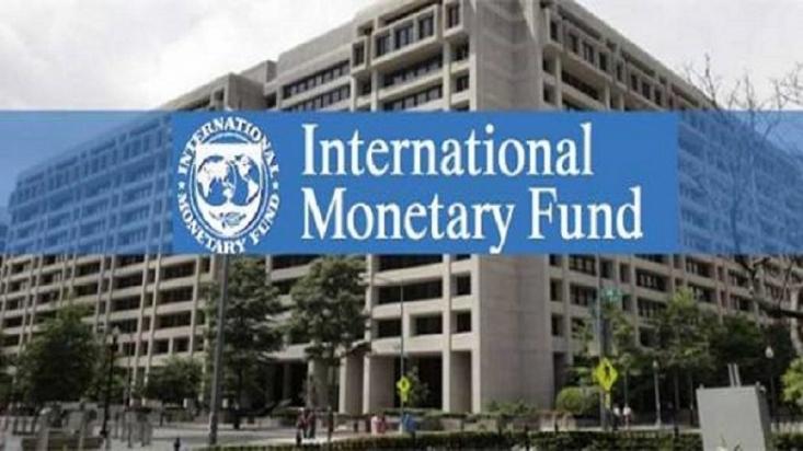 ما در سال های بعد از جنگ هم با بانک جهانی و هم صندوق بین المللی پول تعامل داشته ایم. البته از صندوق بین المللی پول در این سالها وام نگرفته ایم اما توصیههای سیاستی صندوق بین المللی پول را پیاده کرده ایم.