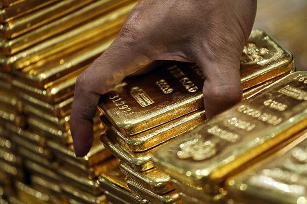 با نگرانی از این که تعطیلیها و محدودیتهای لجستیکی ناشی از ویروس کرونا انتقال به موقع طلا به آمریکا را با مشکل مواجه کند، قیمت پیشخرید طلای آمریکا یک درصد جهش کرد.