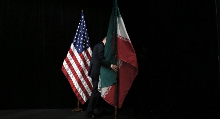 در شرایطی که تحریمهای آمریکا در روند مبارزه ایران با کرونا و درمان مبتلایان خلل وارد کرده تعدادی از فعالان فتنه 88 خواستار ادامه تحریمها و تداوم فشار به کشور شدند