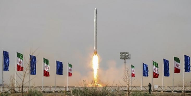 بر اساس گفته یکی از این مقامهای پنتاگون، فرماندهی فضایی آمریکا نیز دو شیء را در مدار ردیابی کرده که از ایران پرتاب شده بودند.