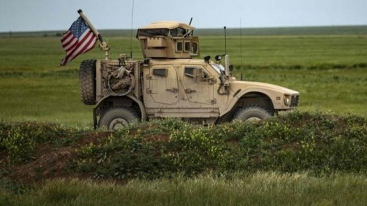 با وجود تکذیب ناپدید شدن دو سرباز آمریکایی توسط سخنگوی ائتلاف آمریکا، مشخص شده که این دو فرد، ناپدید شدهاند و عضو نیروی دریایی آمریکا هستند.