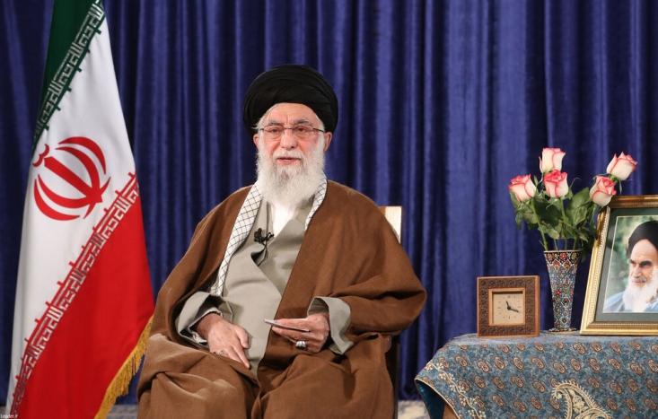 گفت: همزمان با روز جهانی قدس، رهبر معظم انقلاب از طریق شبکههای داخلی و بین المللی با امت اسلام سخن خواهند گفت.