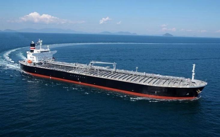 در حالی نفتکشهای ایرانی در حال انتقال محموله بزرگی از بنزین به سمت ونزوئلاست هستند که اخباری در خصوص ورود نفتکشهای ایران به آبهای نزدیک چین نیز خبرساز شده است.