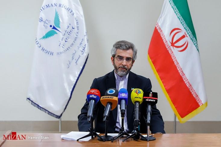 علی باقری با بیان اینکه علت مرگ متهم منصوری برای دستگاه قضایی کشورمان هنوز مبهم است، گفت: در این پرونده گمانهزنیهای زیادی وجود دارد اما دستگاه قضایی بر اساس مدارک و مستندات موضع میگیرد و قضاوت میکند.