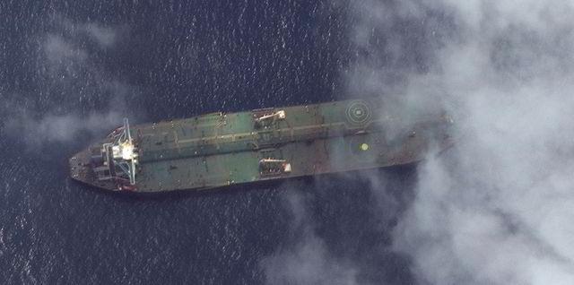 ماجرای کمتر شنیده اقدام دولت آمریکا در تهدید و تطمیع ناخدای این کشتیها قابل تامل است. دولت آمریکا تمام تلاش خود را برای ضربه به قدرت بازدارندگی ایران و دیپلماسی تجاری و اقتصادی کشورمان کرد اما با شکست مواجه شد.