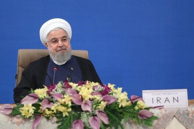 حسن روحانی گفت: ایران ضمن محکوم نمودن هرگونه تحریم علیه ملت ها در جهان خصوصا سوریه تاکید میکند که به حمایتها از دولت و ملت سوریه با قدرت بیشتری ادامه خواهد داد.