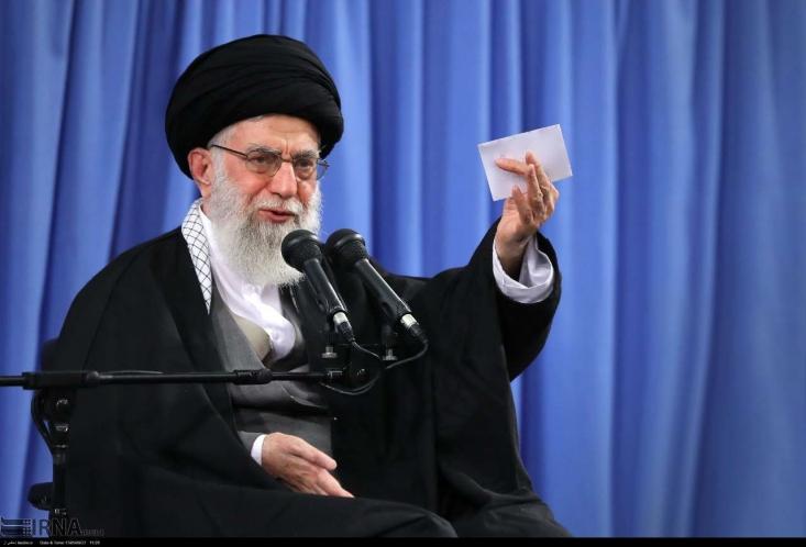 رهبر معظم انقلاب اسلامی در دیدار خصوصی با مسئولان قضایی درباره فساد داخل قوه فرمودند:  کسی که در قوه قضائیه خیانت میکند باید دو برابر مجازات بشود!
