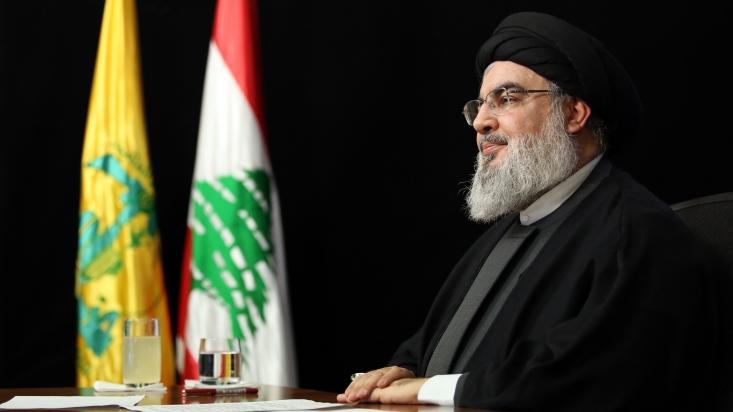 دبیرکل حزب الله لبنان گفت: ایران چهل سال است که در برابر تحریمها مقاومت کرده است، ولی در لبنان ما همین که کمی تحریم و تهدید آمد، دیدیم که برخی از مردم برای تسلیم شدن در برابر آمریکا عجله دارند.