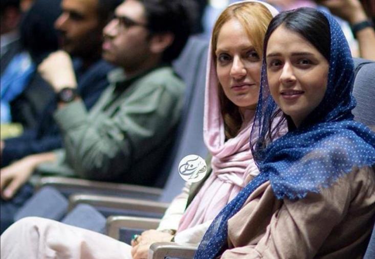 مهناز افشار که حقوق بگیر سعودی ها است و هم اکنون در خارج از کشور به سر میبرد، از جمله سلبریتیهایی بود که در شبکههای اجتماعی در حمایت از نوید افکاری پست و توییت منتشر کرد.