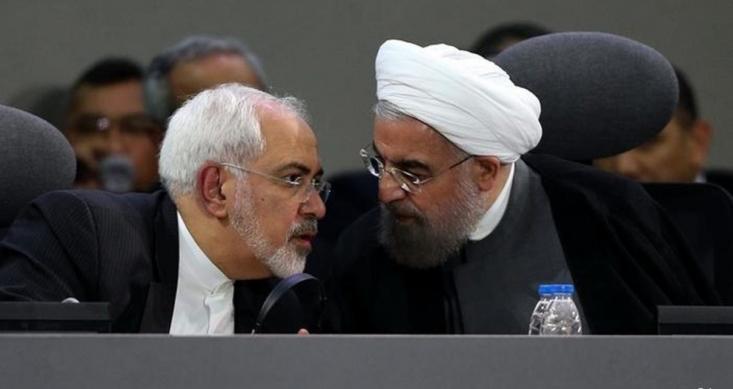 حسن روحانی به صراحت از اینکه در دولت قبل صرفا تحریم بودیم و اکنون با وجود برجام و عقبنشینیهای ایران از حقوق هستهای خود در شرایط جنگ تمام عیار اقتصادی قرار گرفتهایم سخن میگوید.